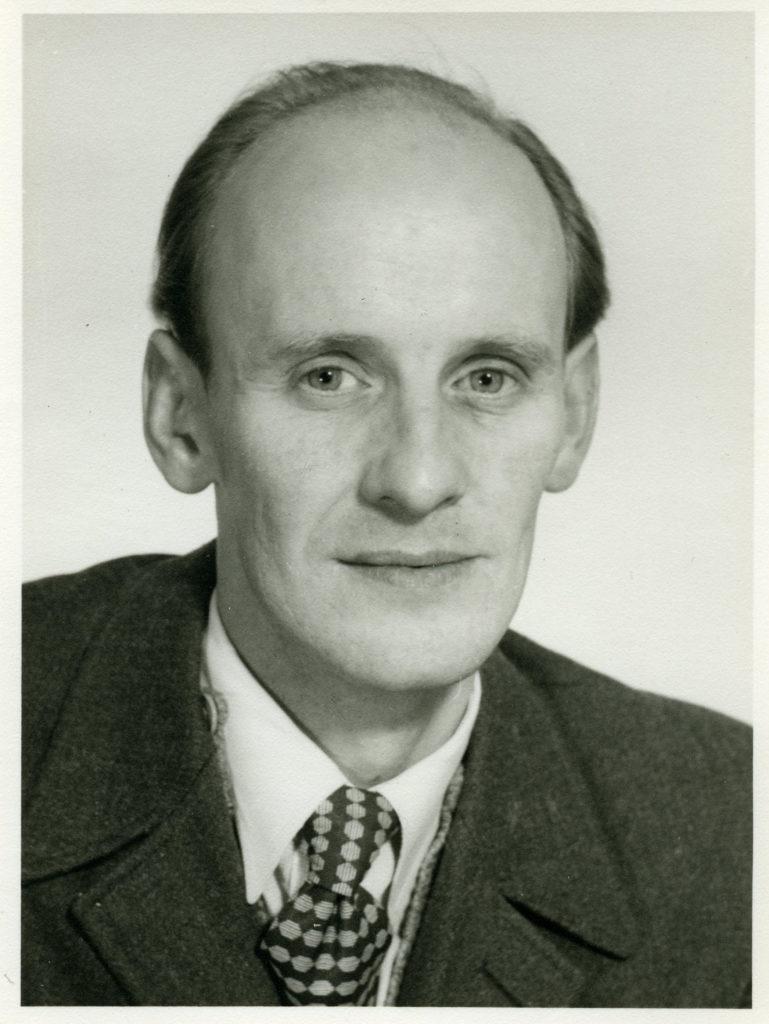Porträttfoto av man i 60-årsåldern.