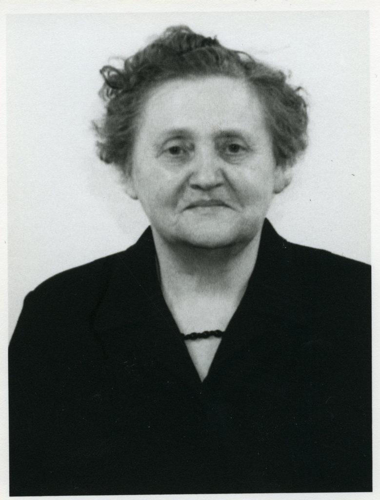 Porträttfoto av kvinna i 60-årsåldern.