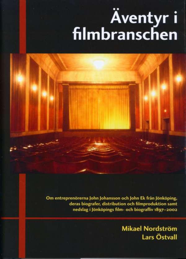Bokomslag föreställande en gammal biografsalong. I mitten av bilden ett draperi. Framför draperiet rader av stolar. På väggarna dämpat gult ljus.